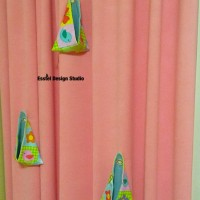 розовая штора