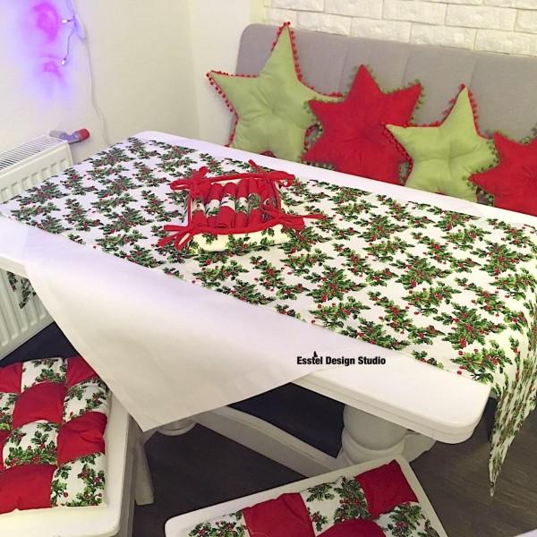 Новогодняя дорожка на стол