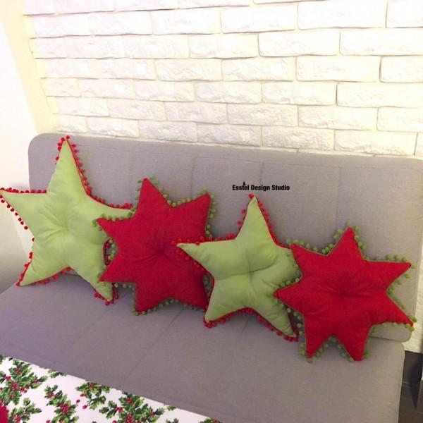 Рождественская декоративная подушка